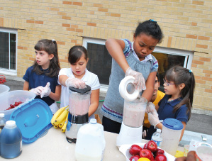 Kids Make Smoothies.tif