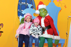 G-sisters with grinch.tif