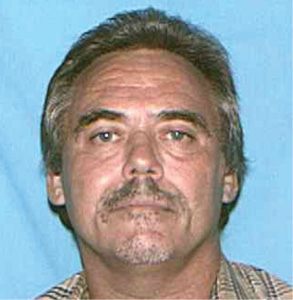 "Darwin E. Thomas White male, 51 Height: 5'5"" Weight: 190 lbs. Last known address: 2114 Elma Wanted: Johnson County, Kansas. Felony Warrant for Forgery."